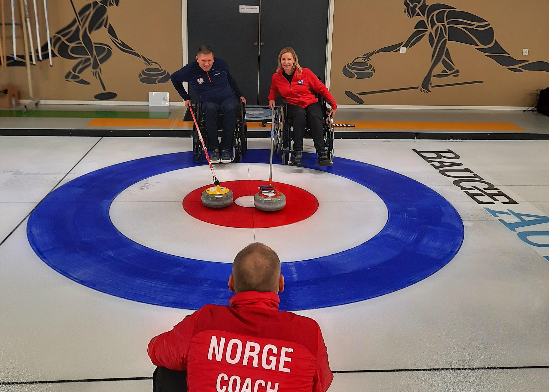 Paracurling i Haugesund Curlingklubb.